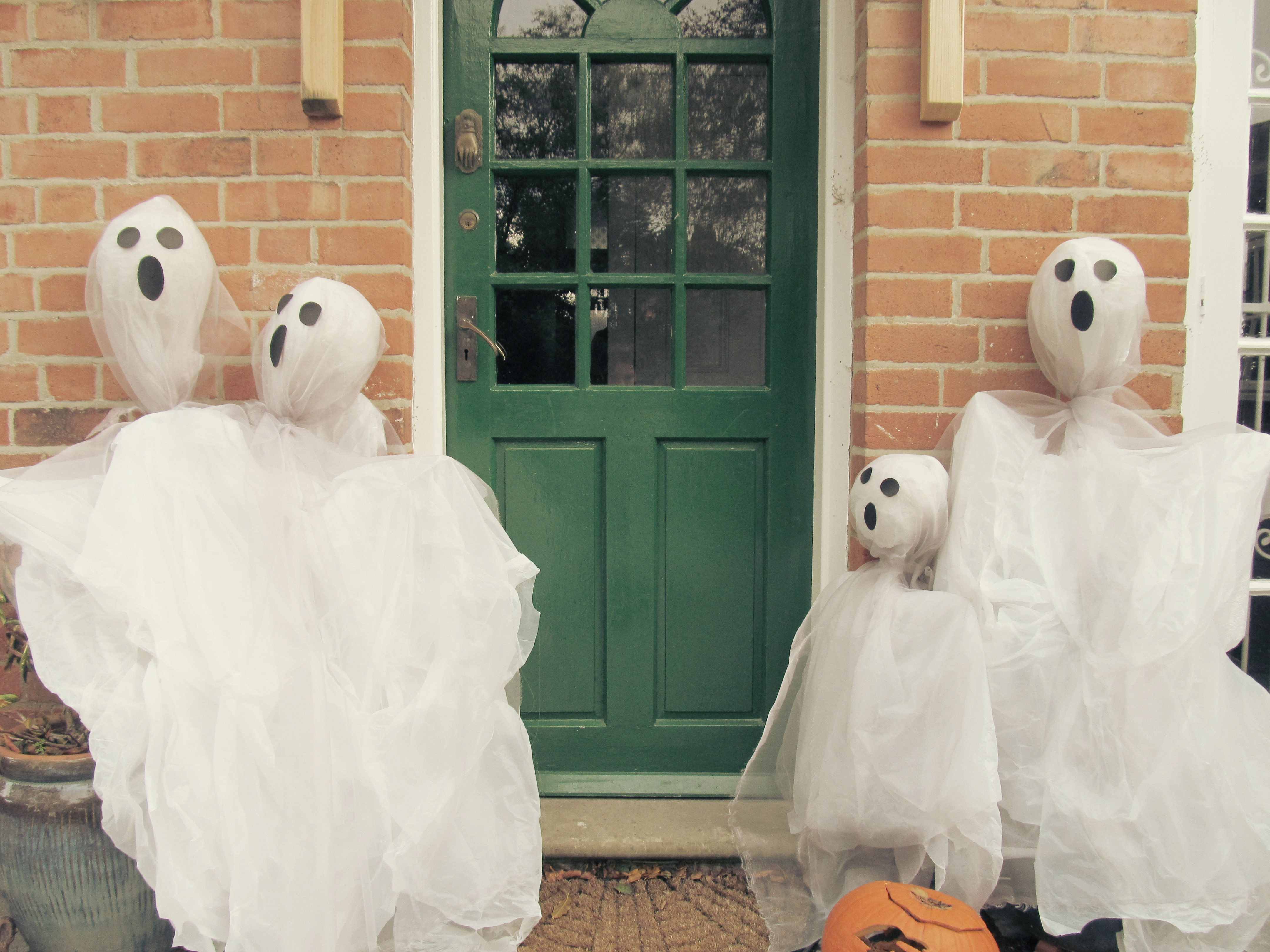 ghost scarecrows 2