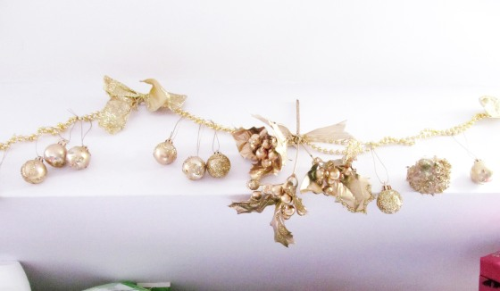 glitter garland 1